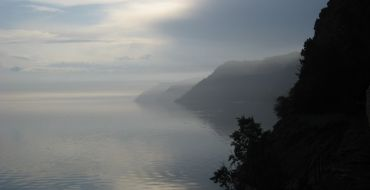 Morgennebel am Baikalsee